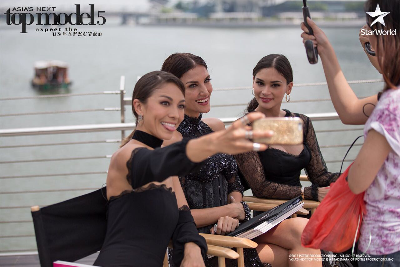 But first, lets take a selfie!