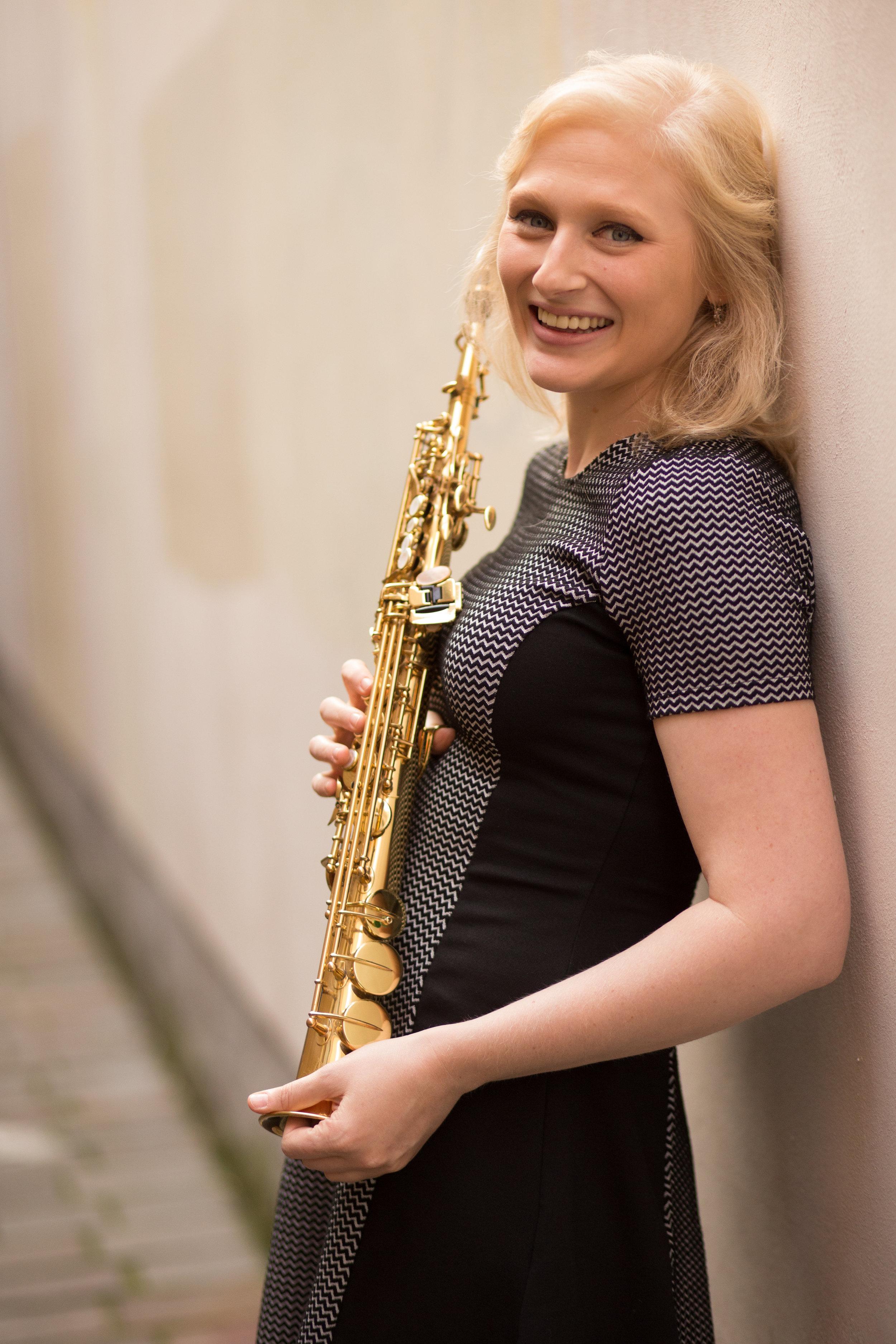 NOA MICK - sopransaxophon