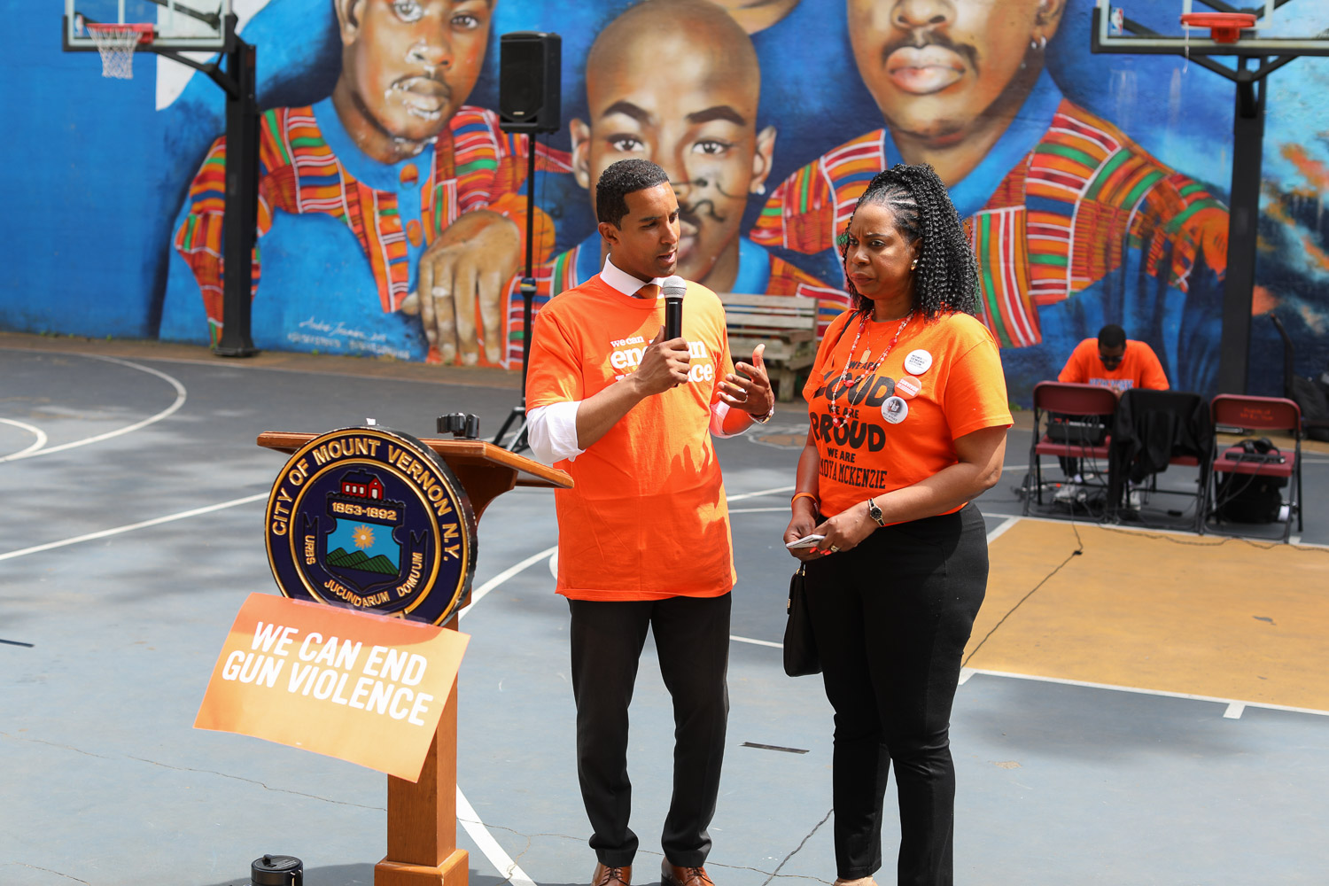 Mayor Richard Thomas and Nadine McKenzie Discuss Gun Violence At The Moms Demand Action for Gun Sense in America, Gun Violence Awareness Week at Heavy D Memorial Park in Mount Vernon June 9, 2019. Photography by Tyrone Z. McCants / Zire Photography