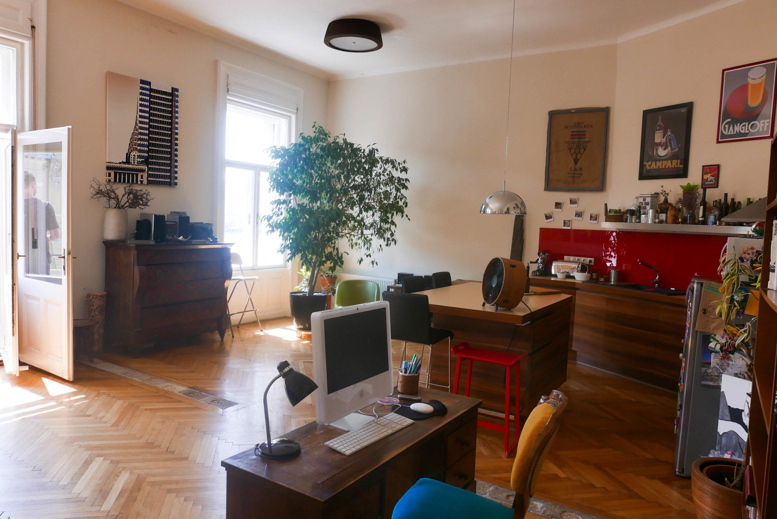 Budapest-1050502.jpg