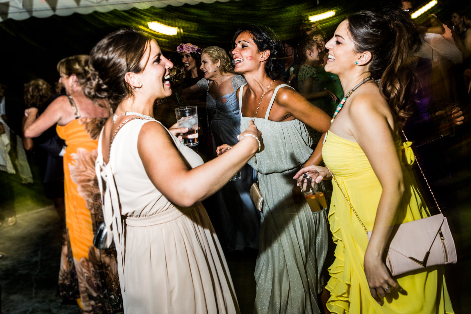 Boda-Sevilla-Museo-Carmona-Hamburgo-Maria-Carles-engagement-Rafael-Torres-fotografo-bodas-sevilla-madrid-barcelona-wedding-photographer--41.jpg