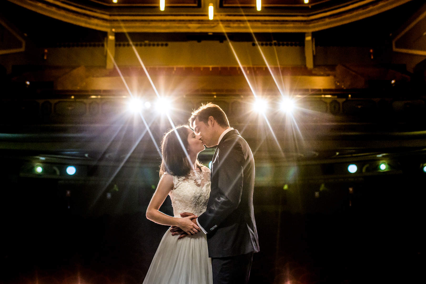 Postboda-Teatro-Cerezo-Carmona-engagement-Rafael-Torres-fotografo-bodas-sevilla-madrid-barcelona-wedding-photographer--3.jpg