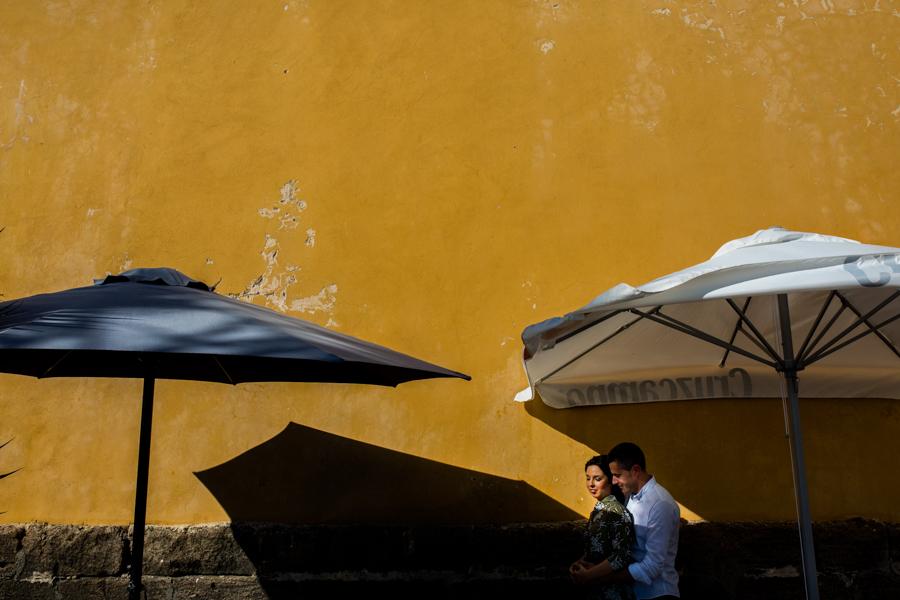 Cadiz-Rota-sesion-street-engagement-Rafael-Torres-fotografo-bodas-sevilla-madrid-barcelona-wedding-photographer--7.jpg