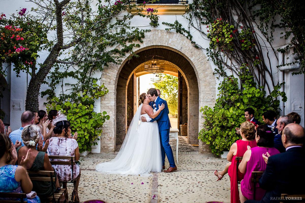 wedding-seville-hacienda-san-rafael-photographer-rafael-torres-bride-groom-39.jpg