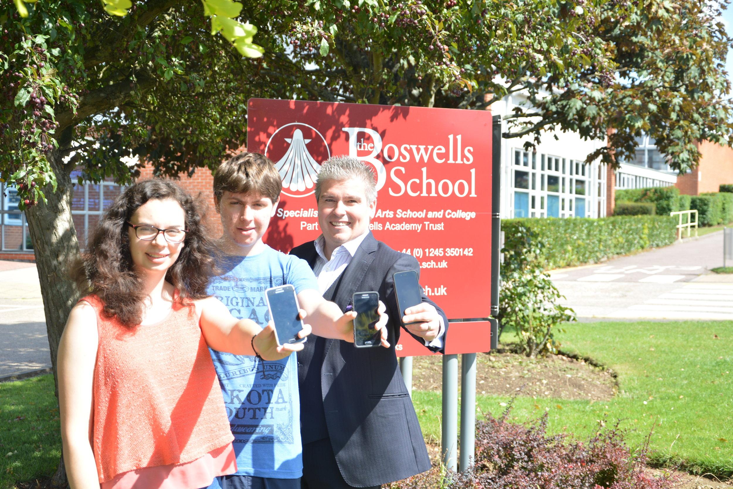 David Bell with Ben & Rebecca Jilks of Boswell School - Apps For Good.JPG