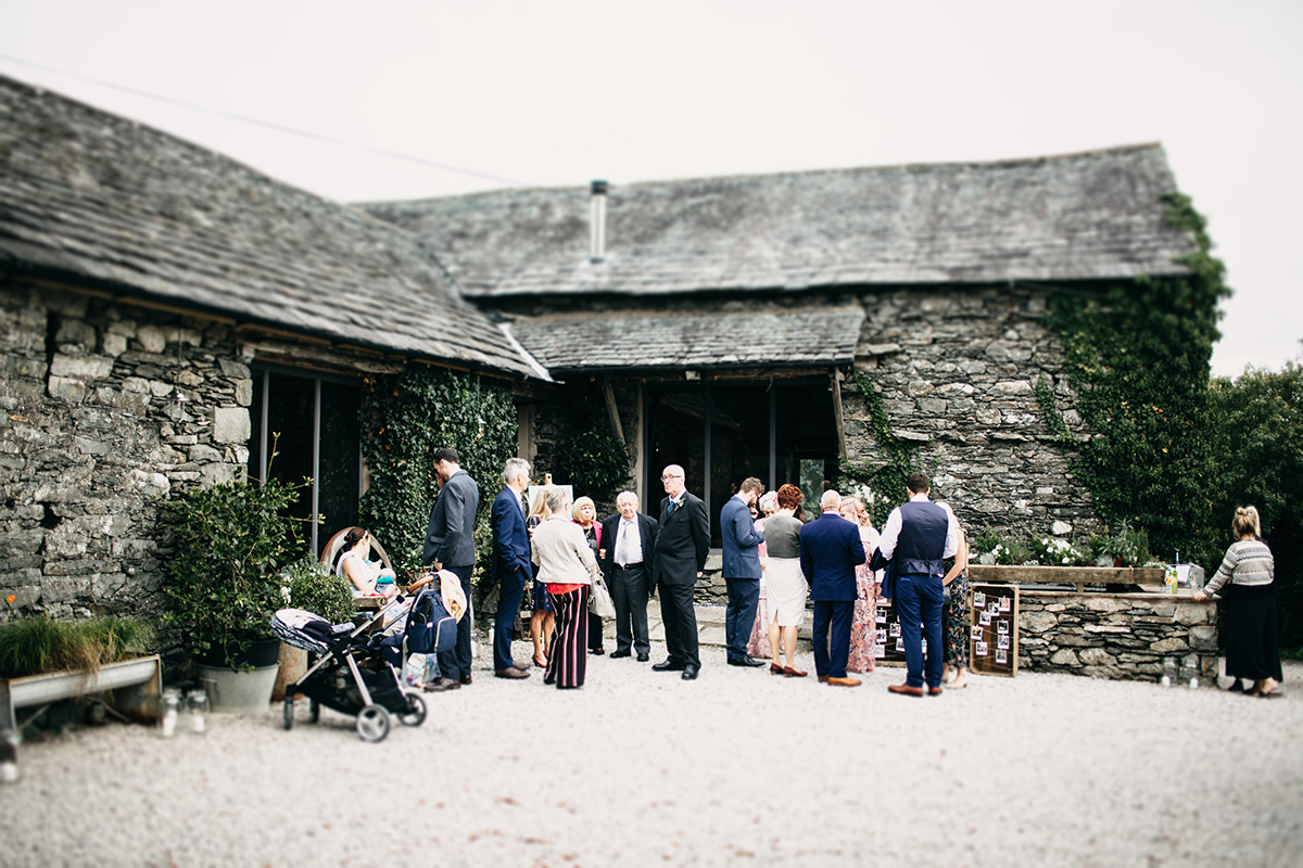 paddock-barn-wedding-photography