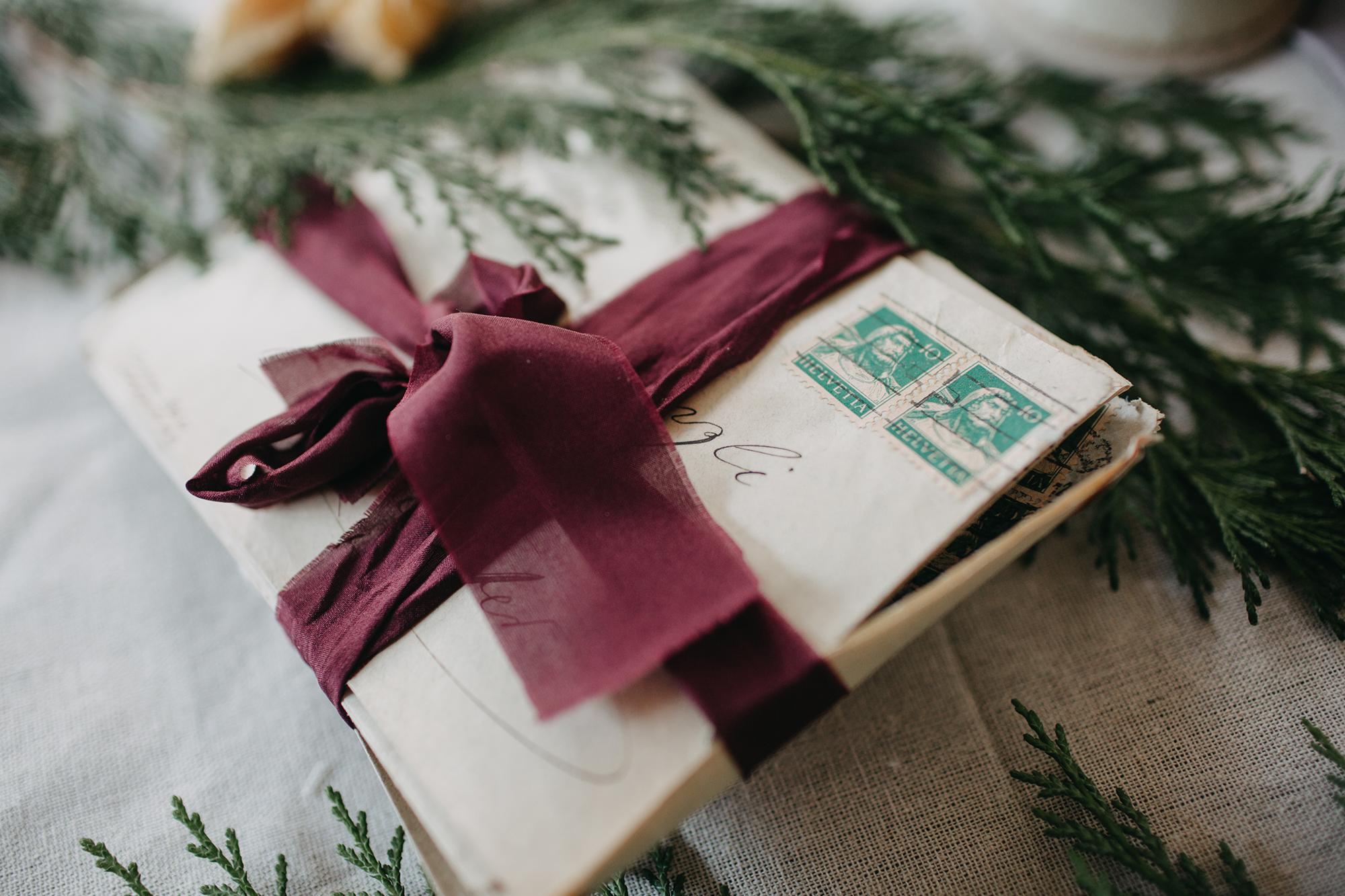 christmas-wedding-inspiration.jpg