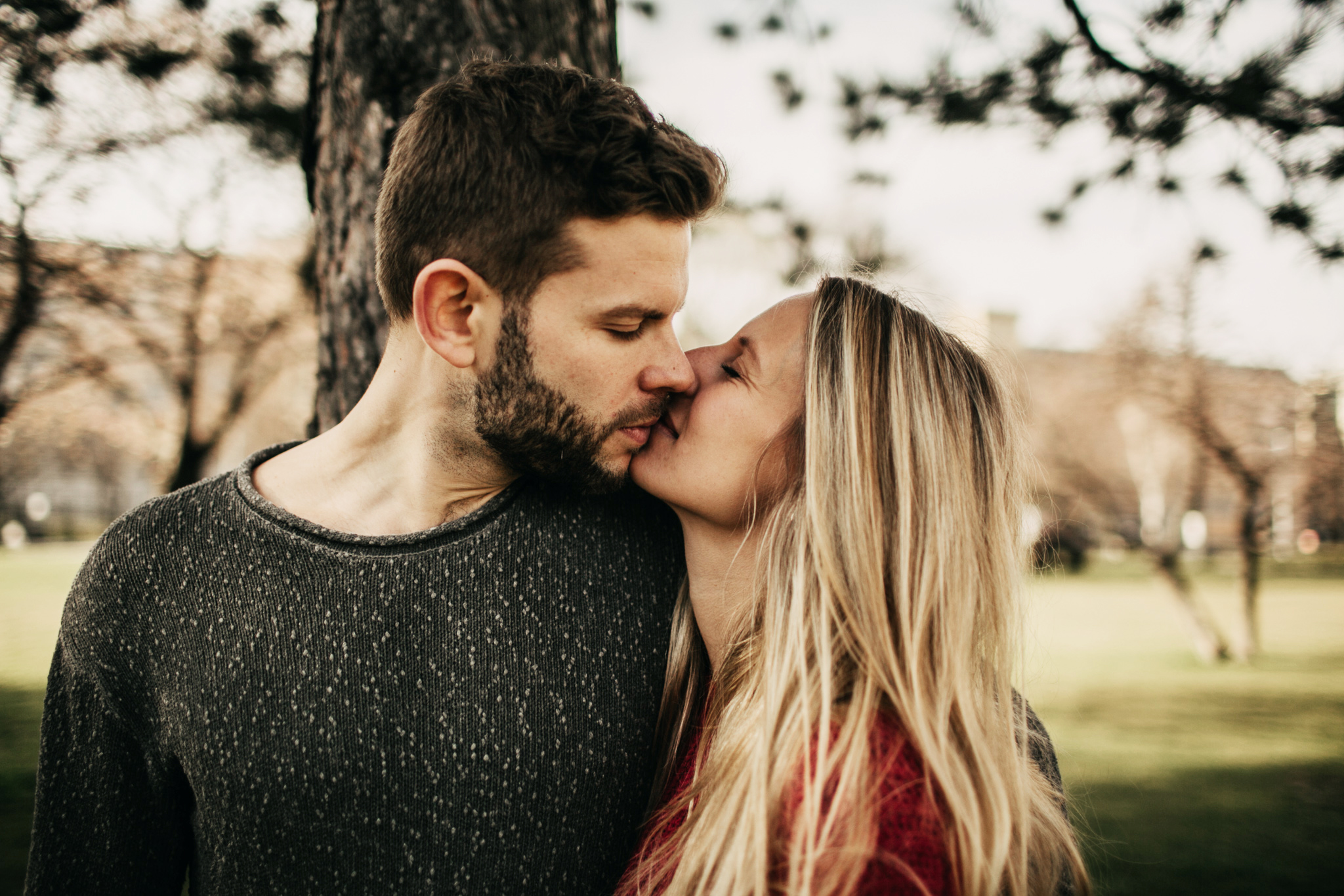 couple photoshoot in vienna - sarah longworth