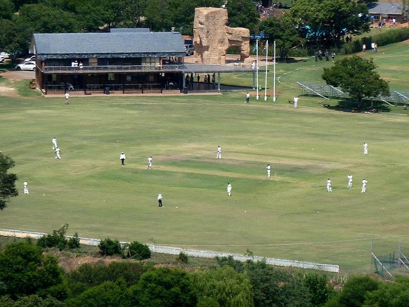 800px-St_Alban's_College,_krieket,_Pretoria.jpg