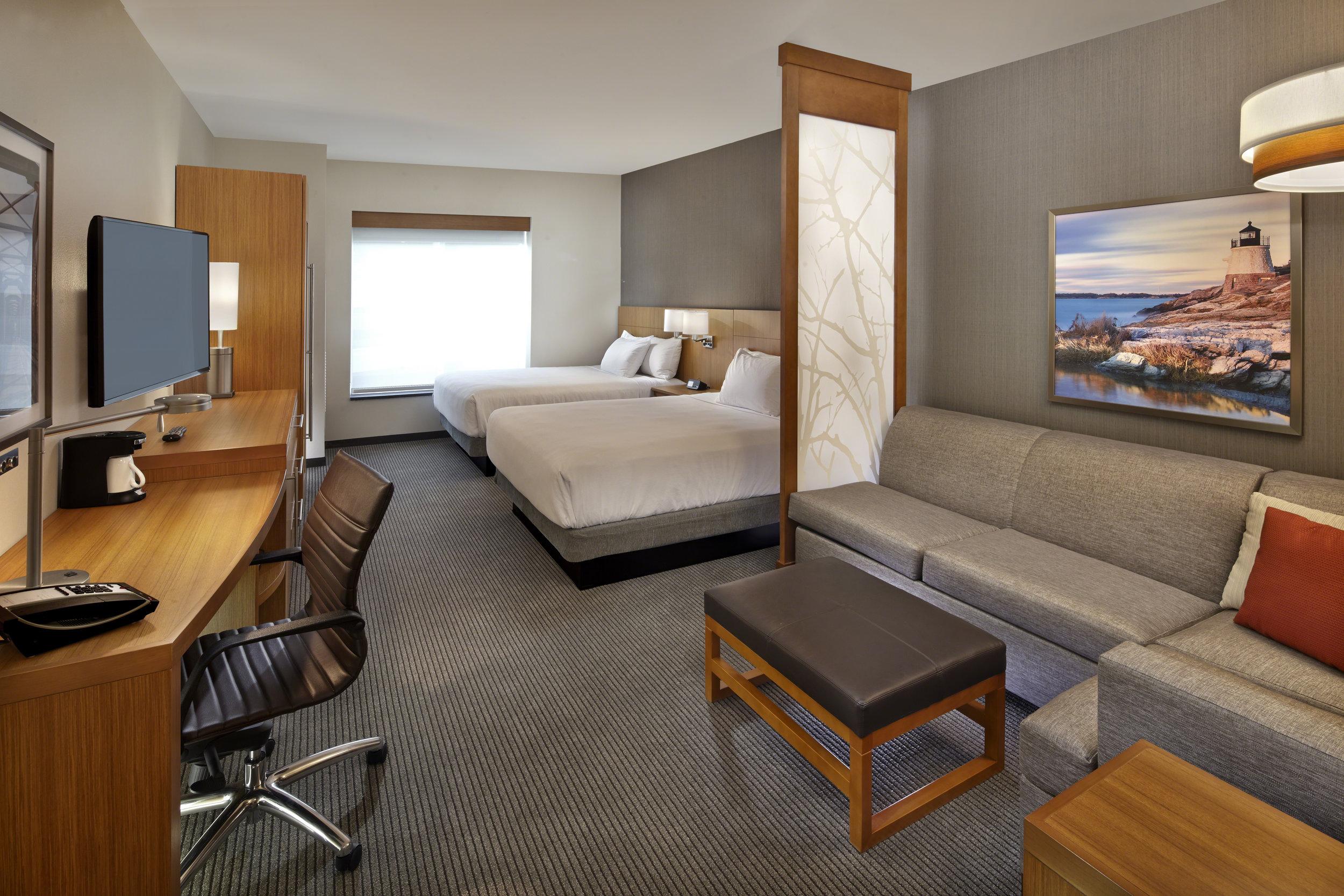 Hyatt_Place_Hotel_Warwick_7_18_studio_a_double-60mb.jpg