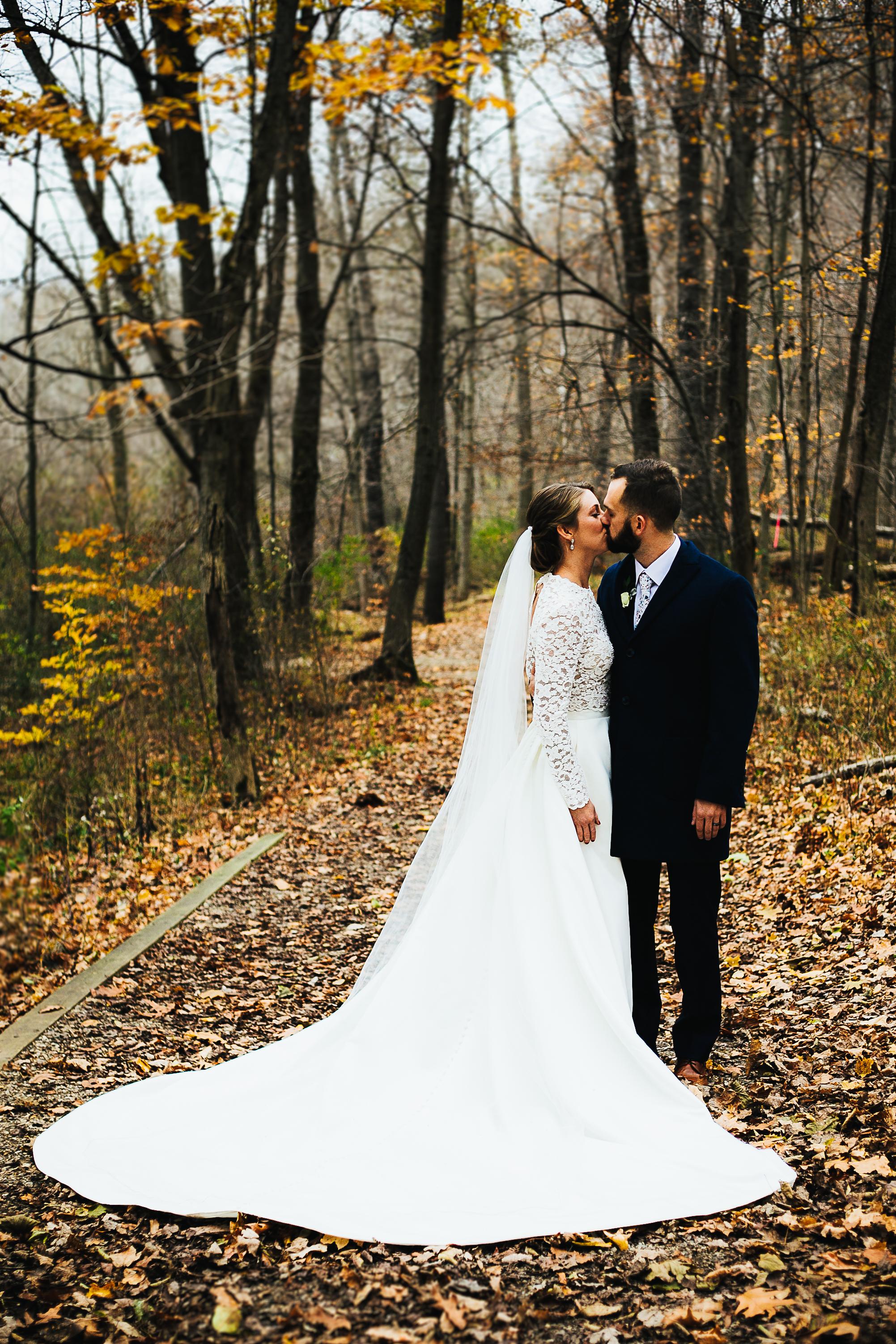 Kalamazoo Nature Center Wedding Pictures