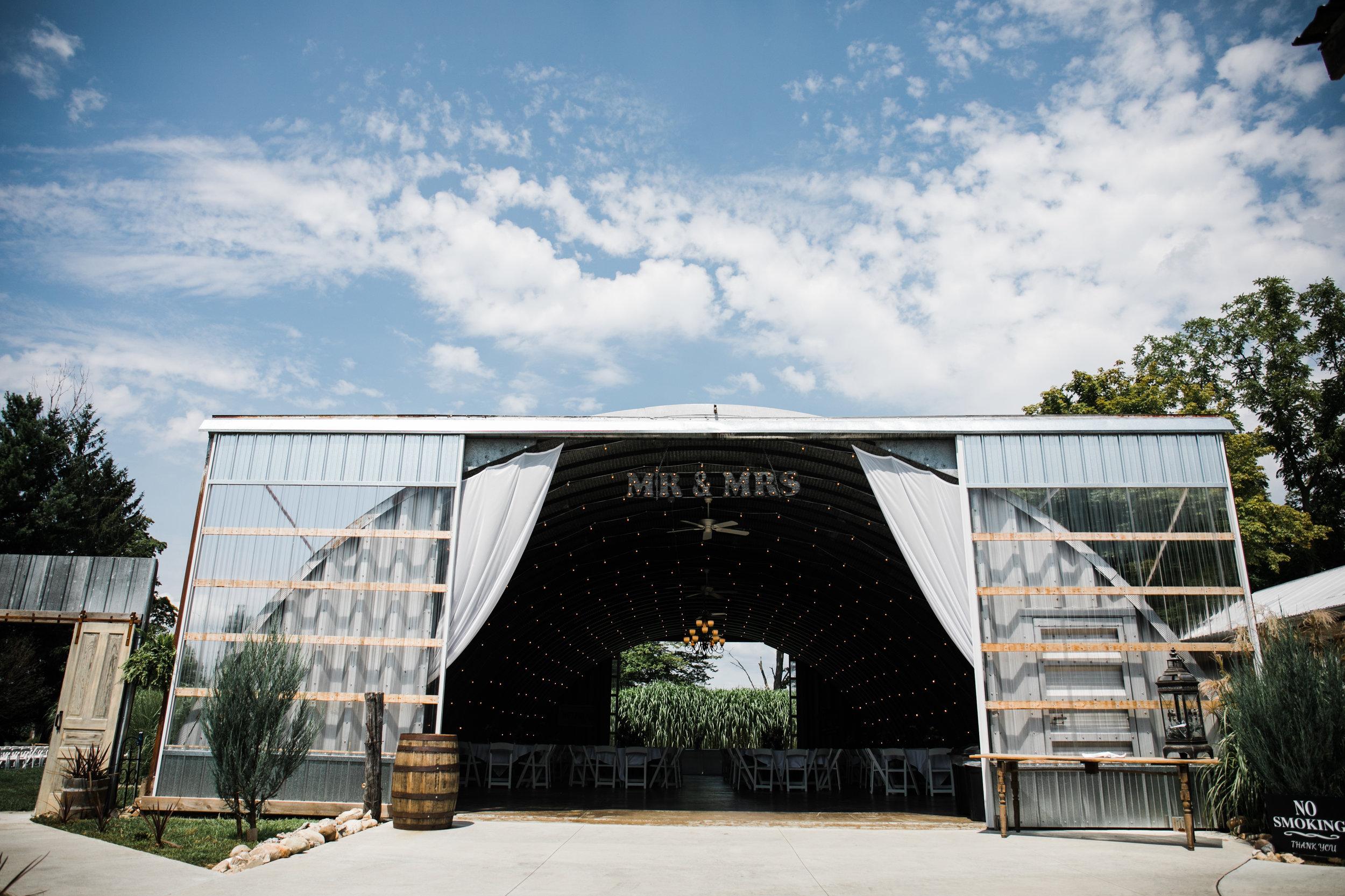 Res Les Farms East Leroy Michigan | Wedding Venue