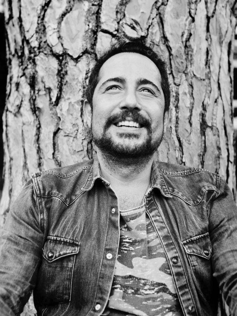 Özgür Atanur I Founder, Consultant, Trainer at MomentumID