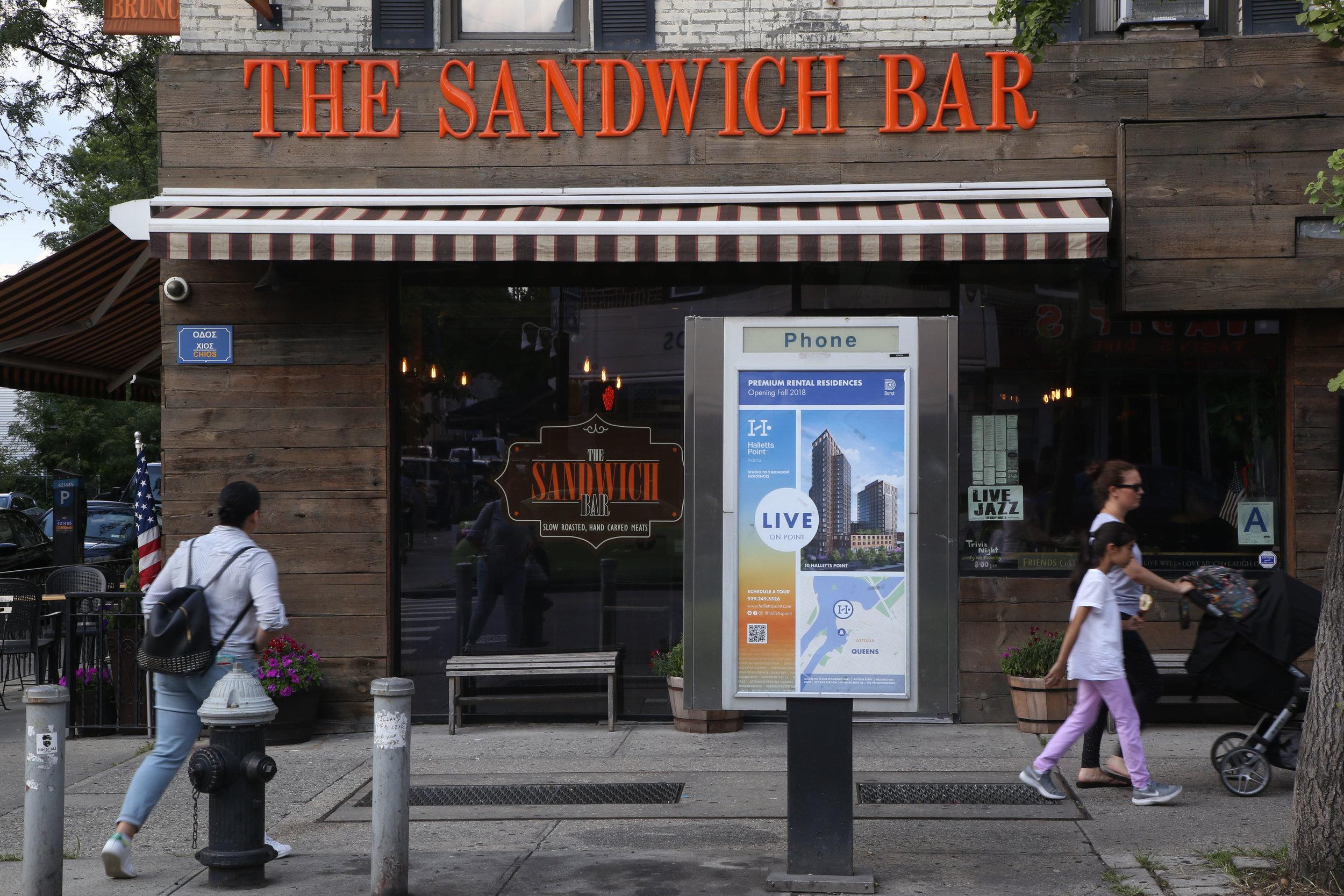 New York_Kiosk_Phone Kiosk _21821366_1028014 copy.jpg