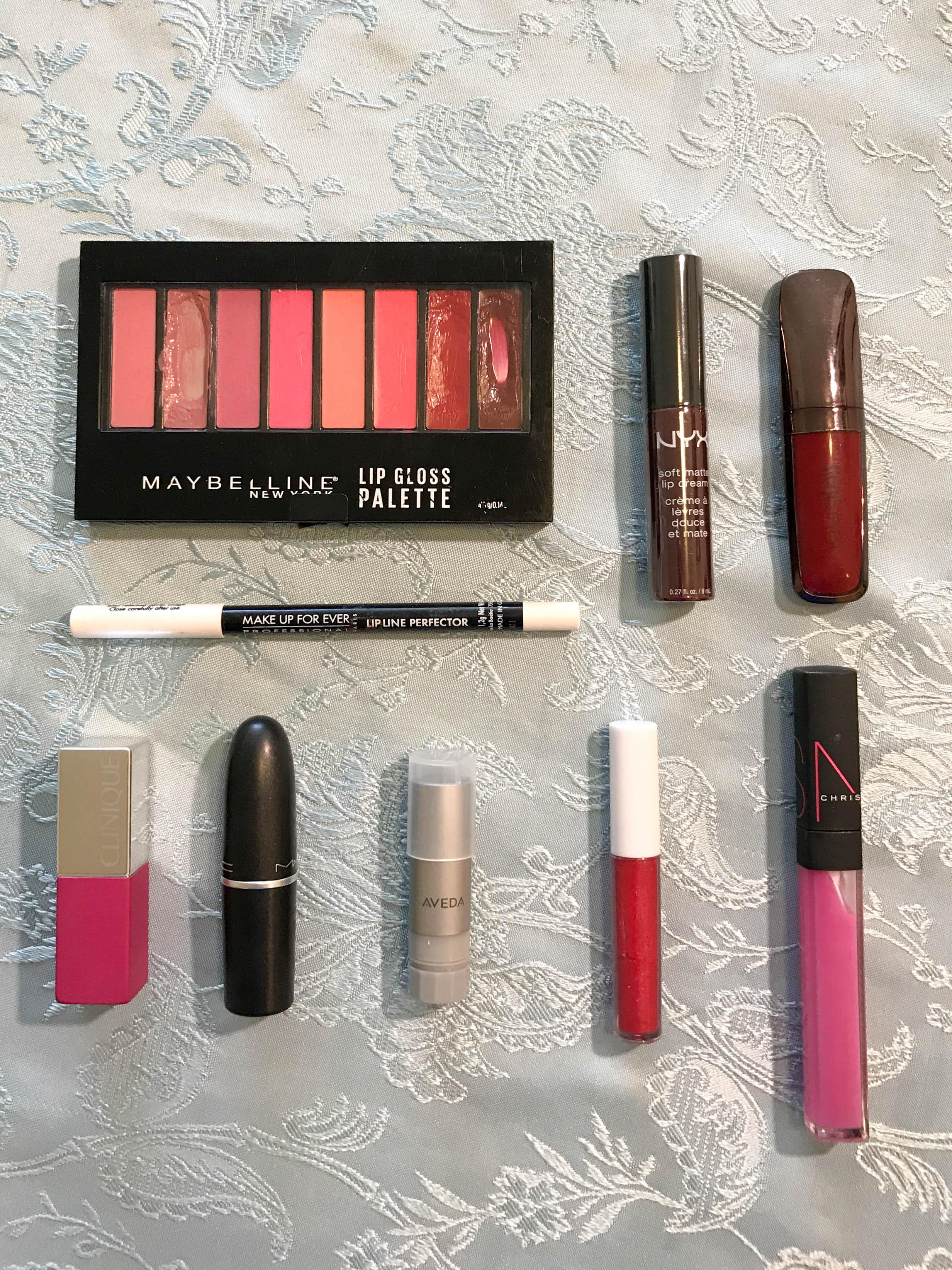 Lips: 1 clear liner, 1 chapstick, 7 lipsticks