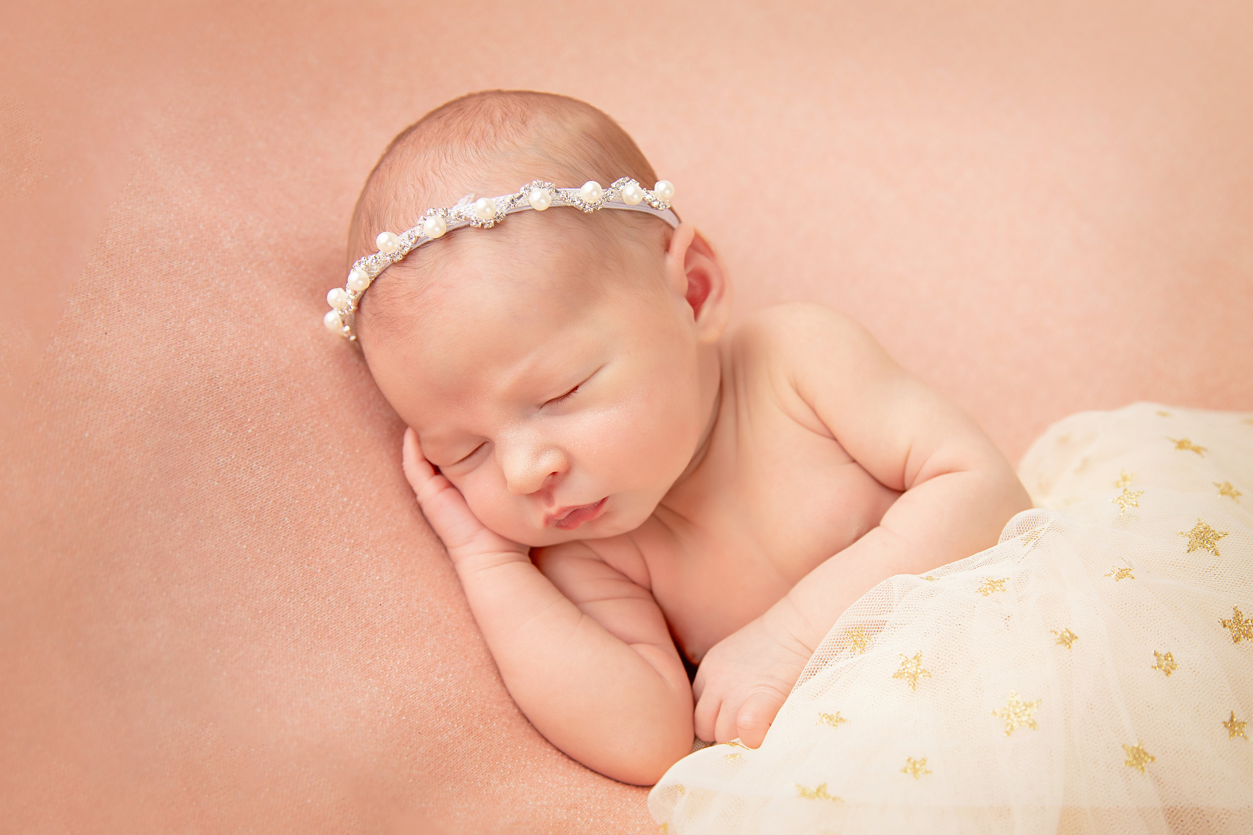 Thanks to  Kelly Saxon photography  for the beautiful pictures of our sweet baby girl! She is a true artist!