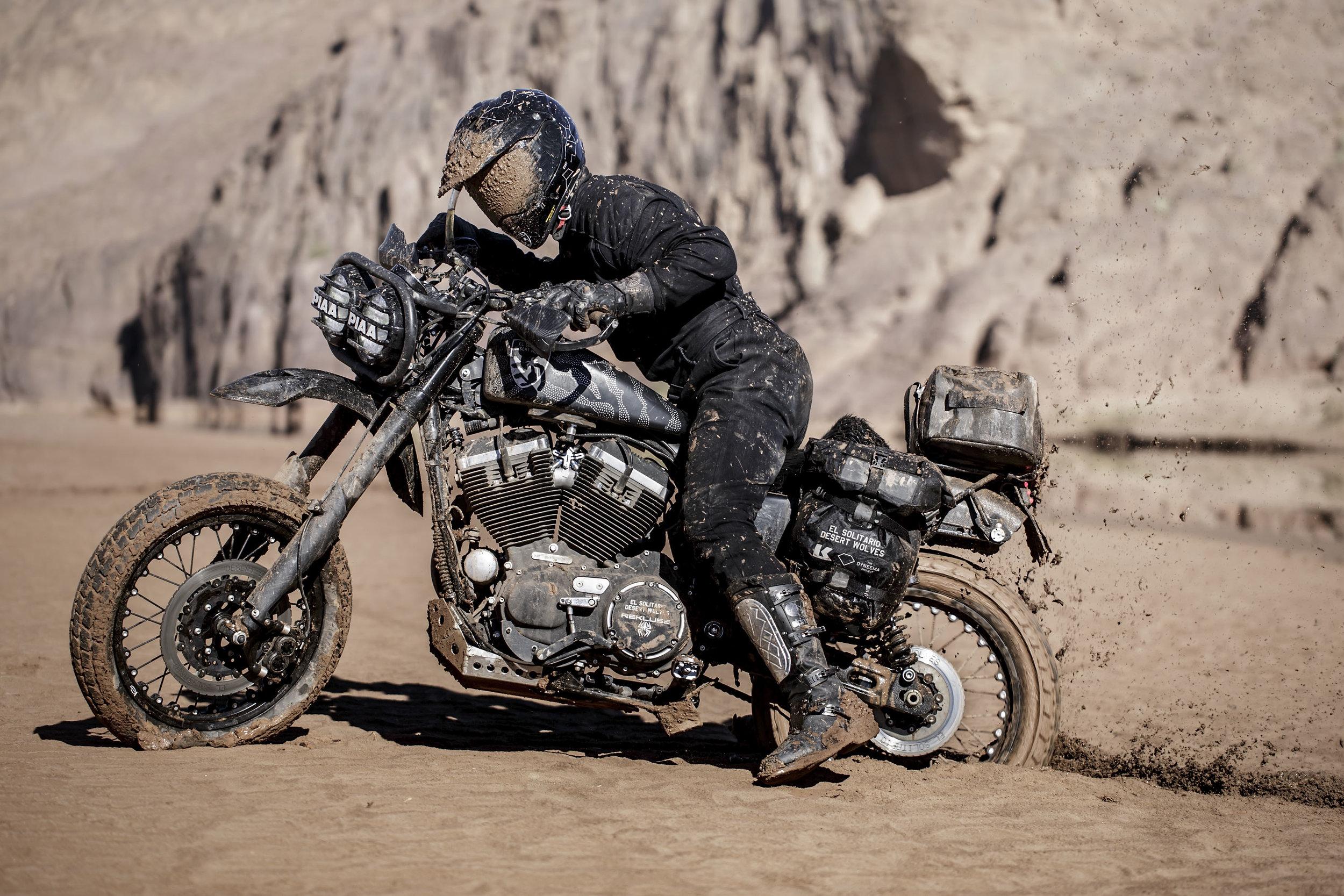 elsolitario-desert-wolves-HD-76.jpg