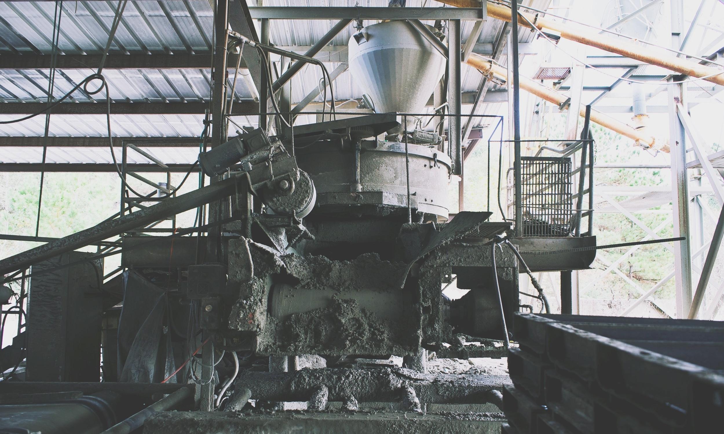 Precast_Stair_Tread_Manufacturer.jpg