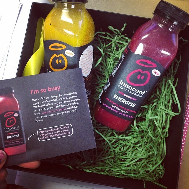 """Thank you for this much needed Monday afternoon boost @innocentdrinks. I saw the Energise super smoothie and thought """"I'll have me a bit of that!"""" #imsobusy"""