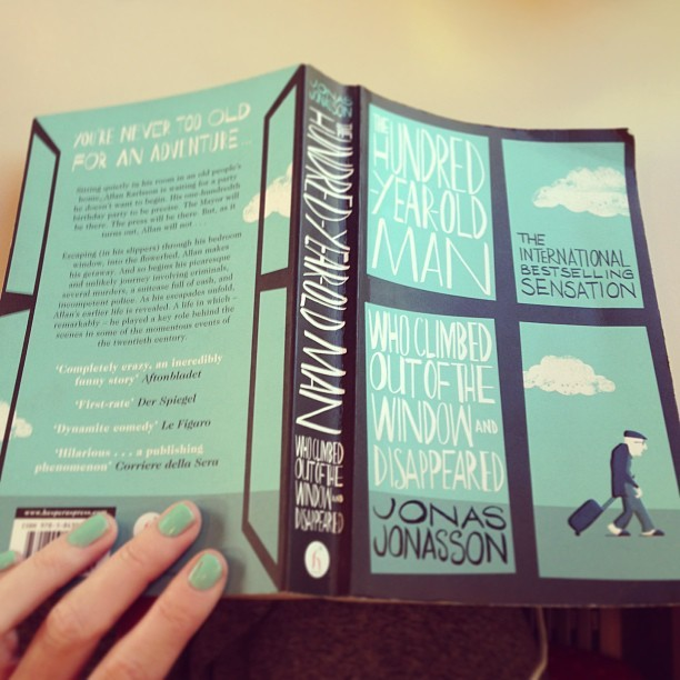 On my train back to London. Thoroughly enjoying dipping into this new book! #TheHundredYearOldManWhoClimbedOutOfTheWindowAndDisappeared by Jonas Jonasson. The cover illustration is pretty nice too by Jonathan Pelham.