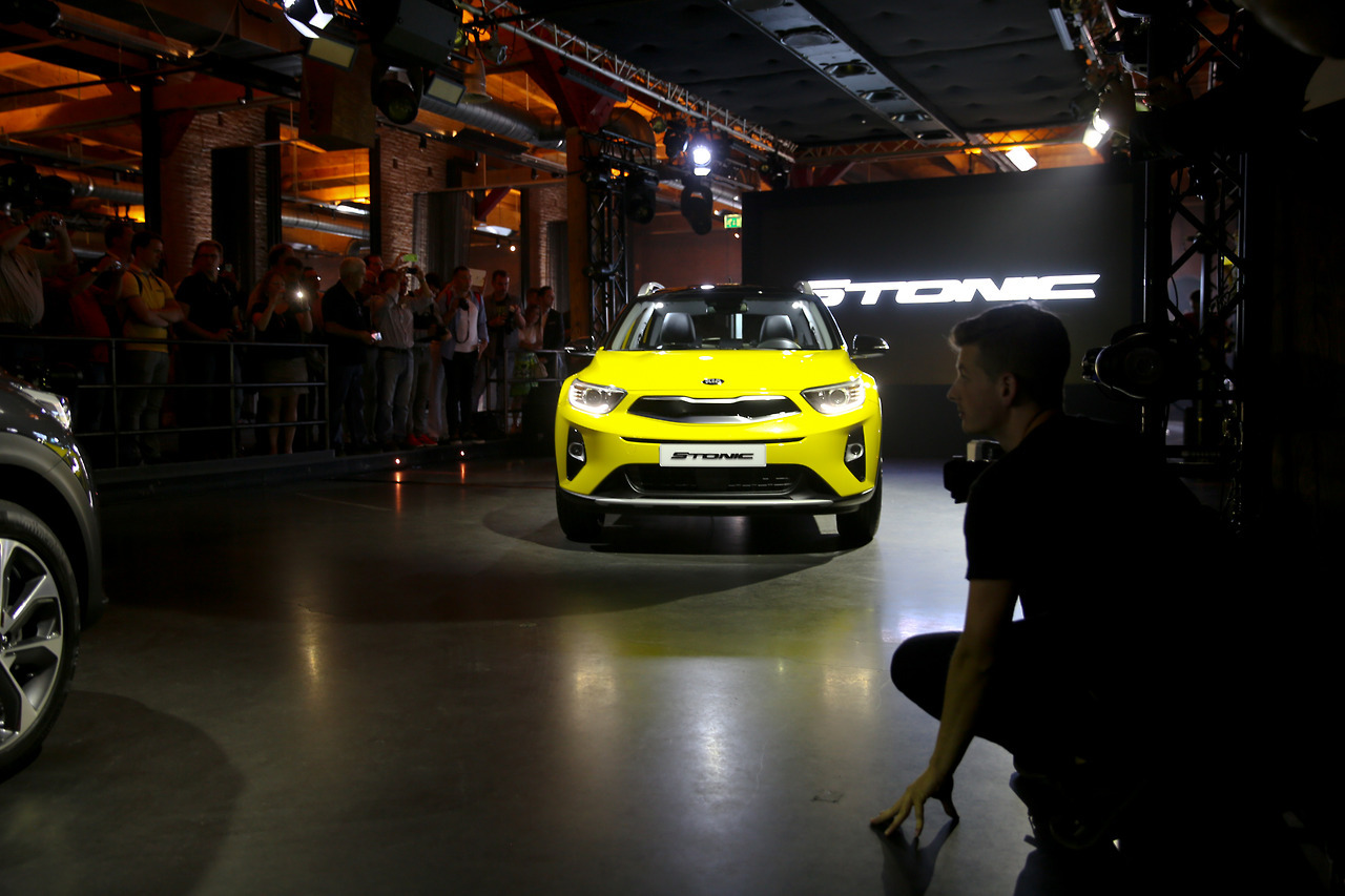 Lucie Loves Cars Kia Stonic 5.jpg