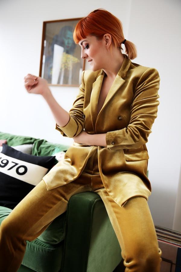 Lucie Loves Fashion 1930.jpg