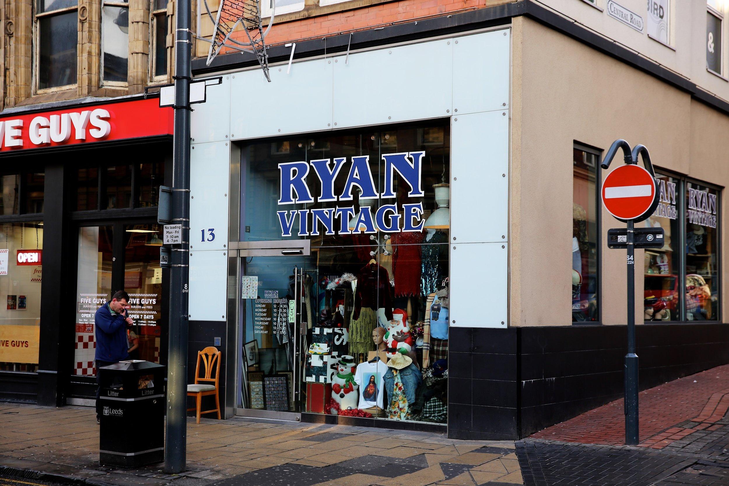 Lucie Loves Ryan Vintage