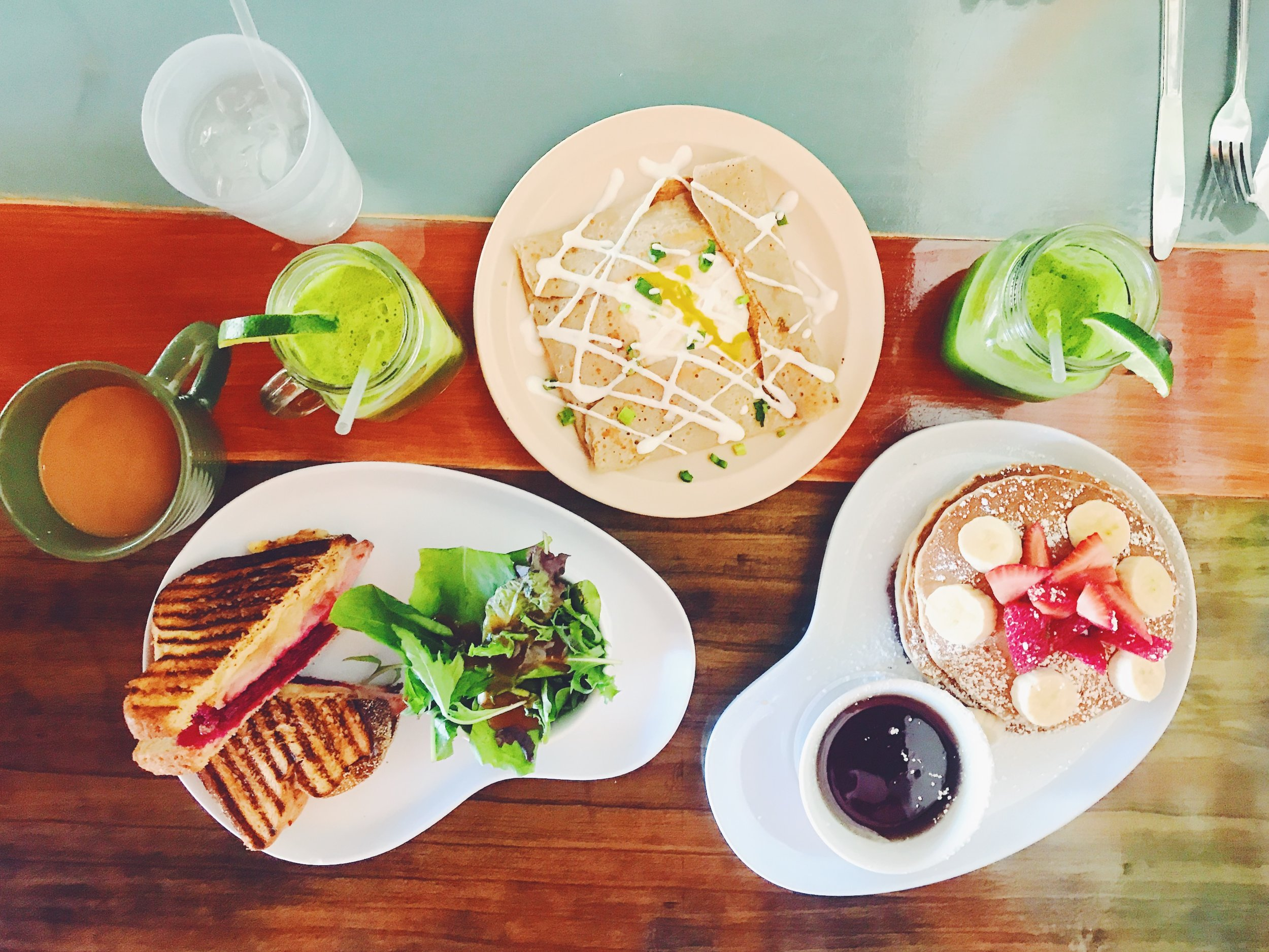 Healthy brunch @ Two Chicks Cafe, New Orleans