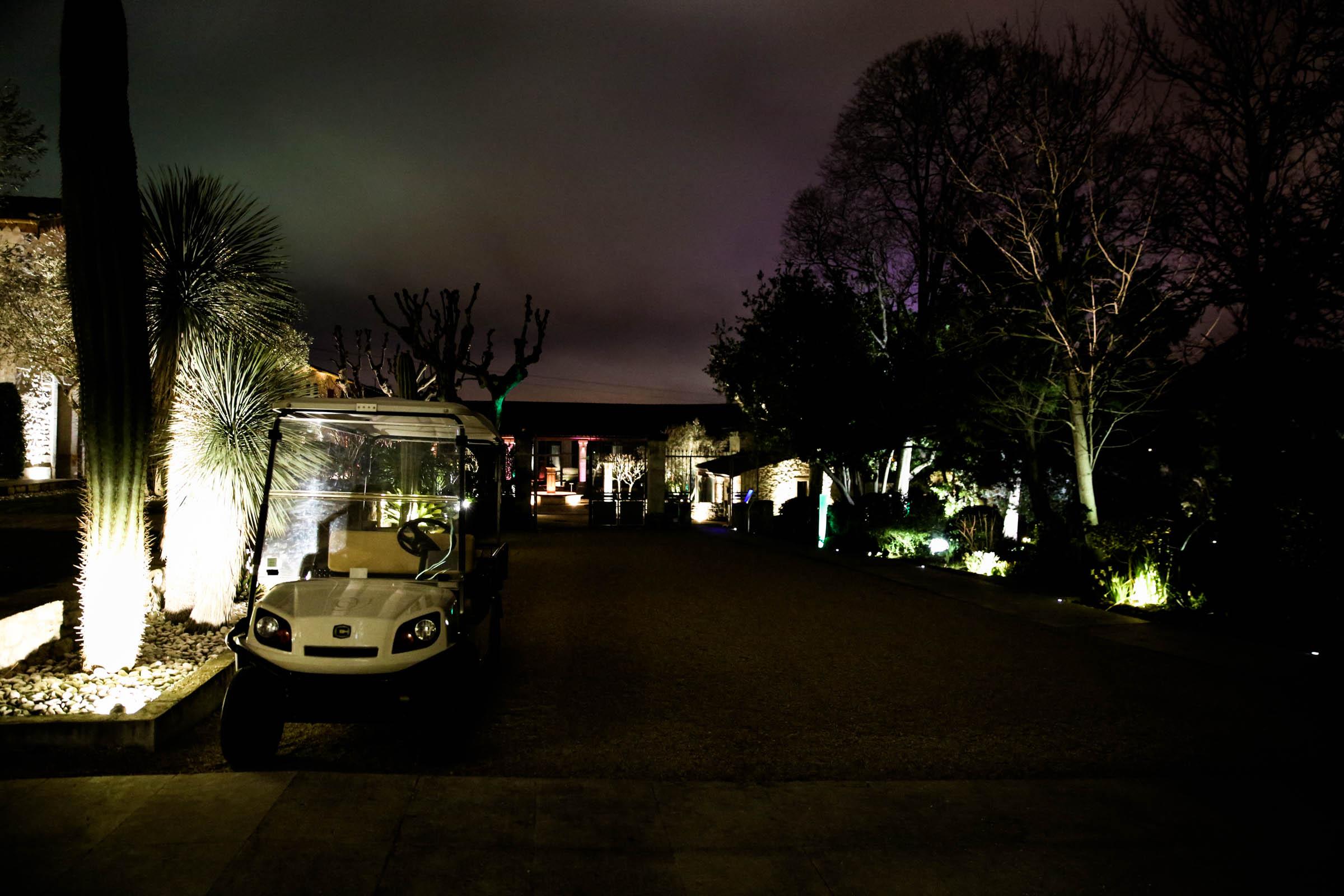 Domaine de Verchant Hotel by night