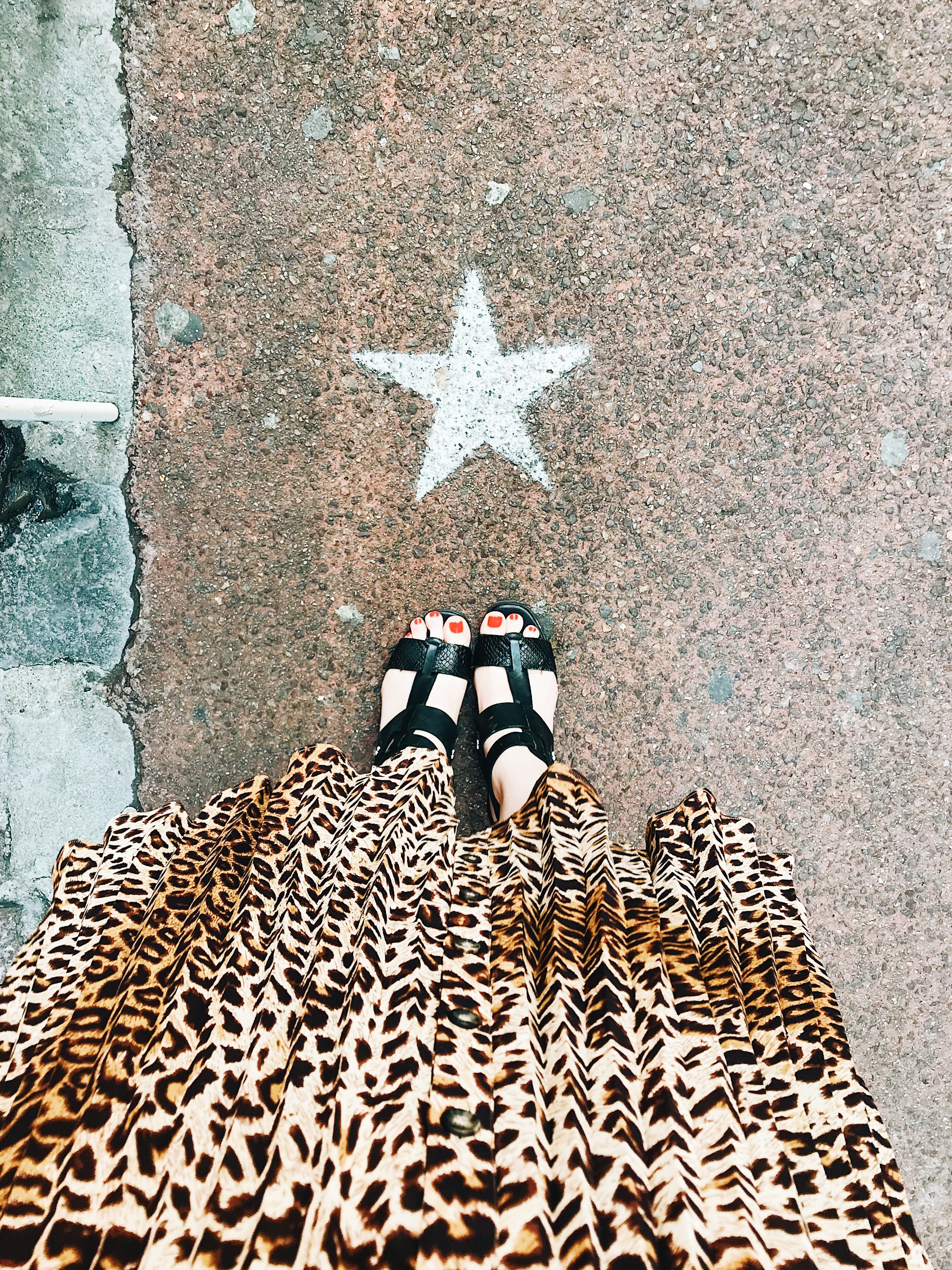 FWIS: That & Other Stories pleated leopard print midi skirt – my favourite (and most worn) summer buy of 2018 so far!