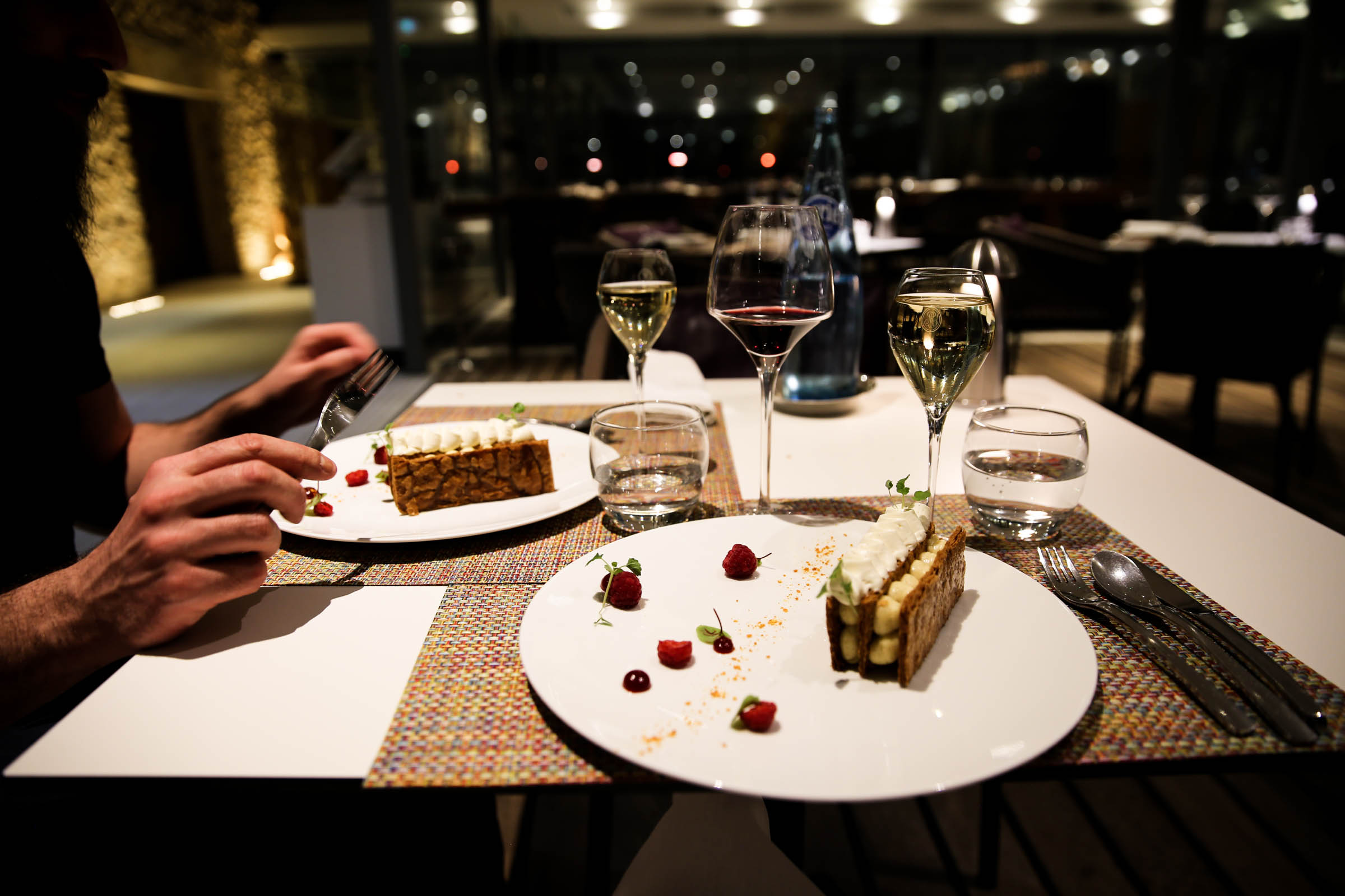Vanilla Mille-Feuille served with sparkling white wine 2016