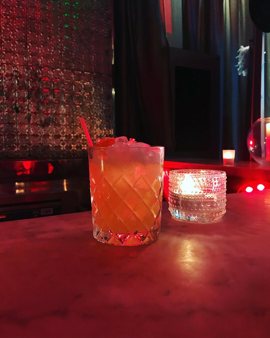 Miss Homage Waldorf Hilton cocktails