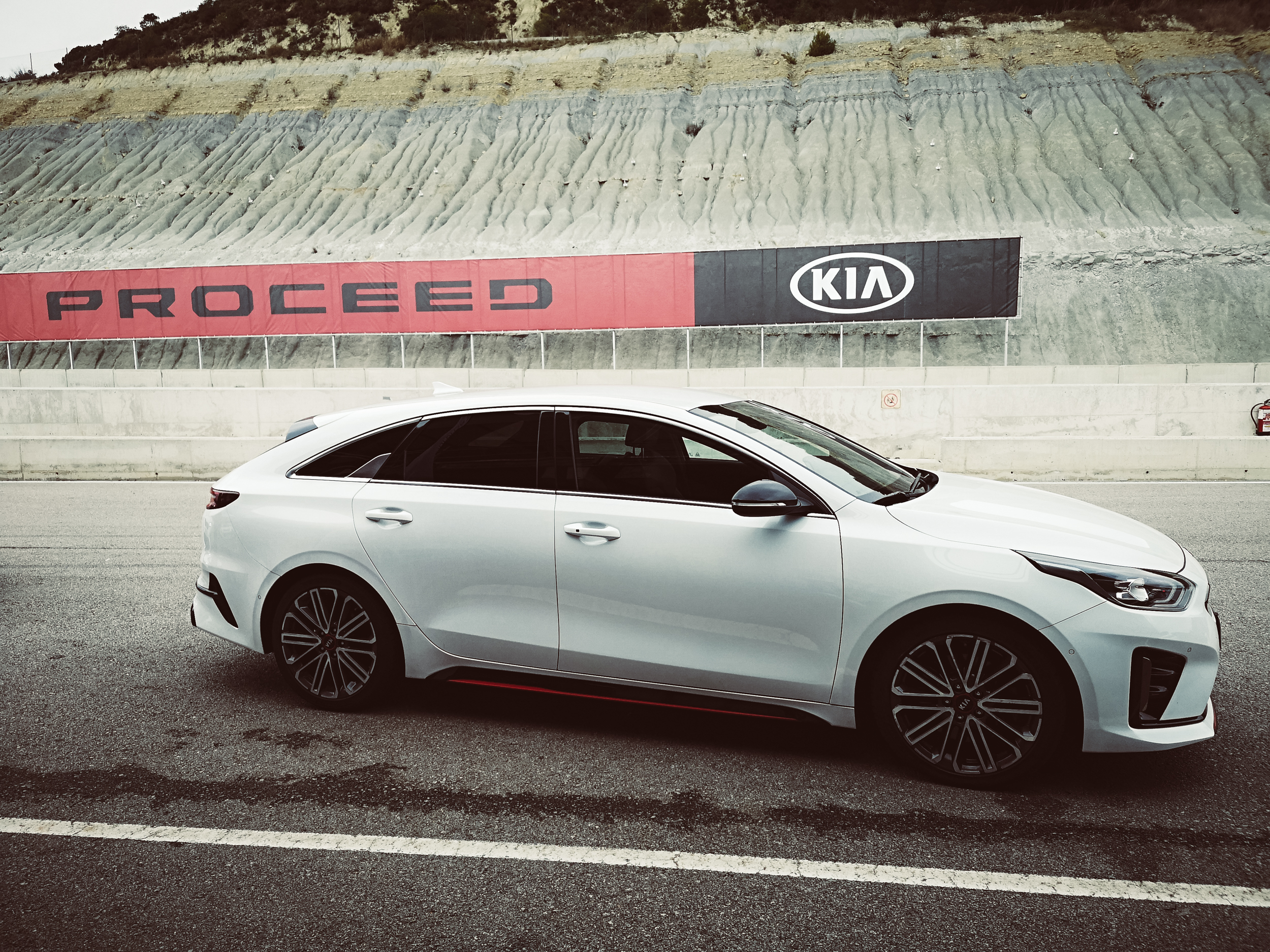 Lucie Loves Kia ProCeed Barcelona Car Blogger-93.jpg