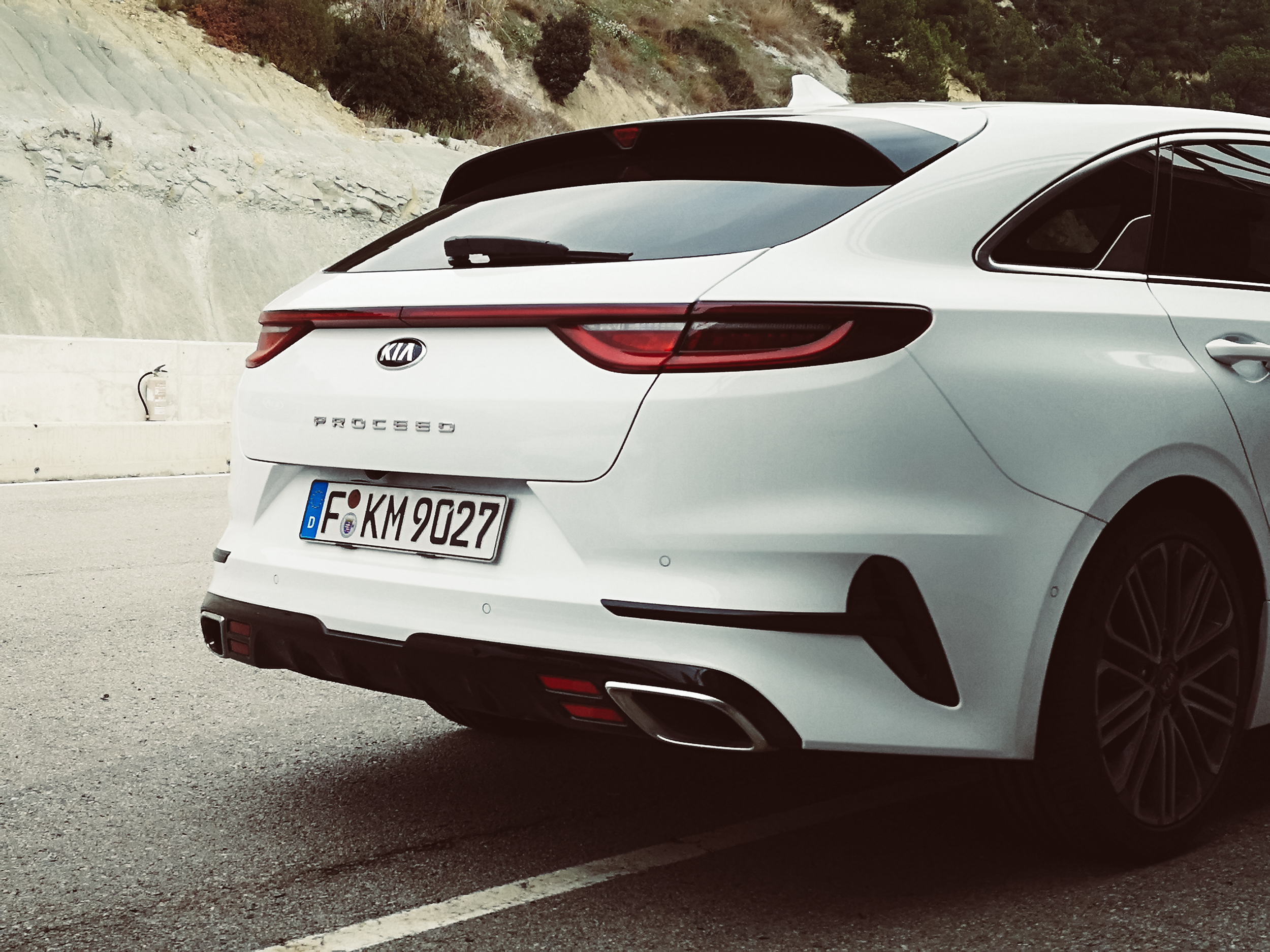 Lucie Loves Kia ProCeed Barcelona Car Blogger-99.jpg