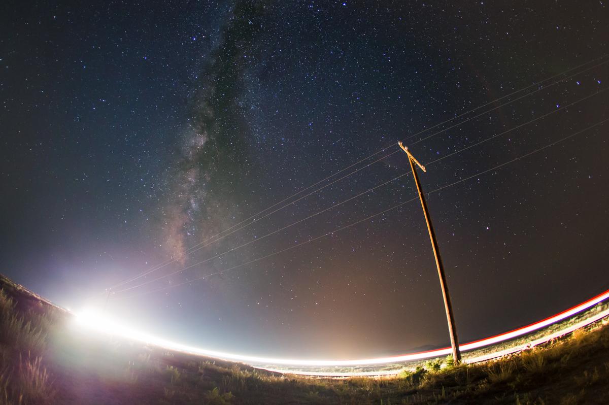 Milky Way Powerlines.jpg