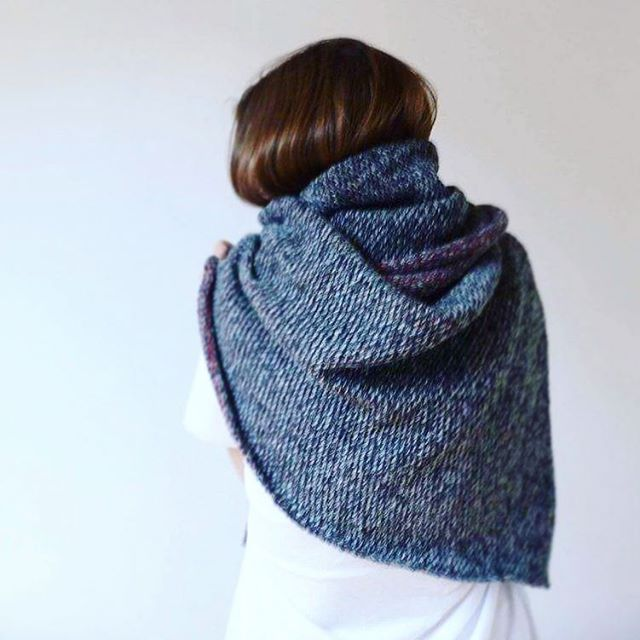#keepsyouwarm #scarf #wool #knitstagram #ihavethisthingwithknitting