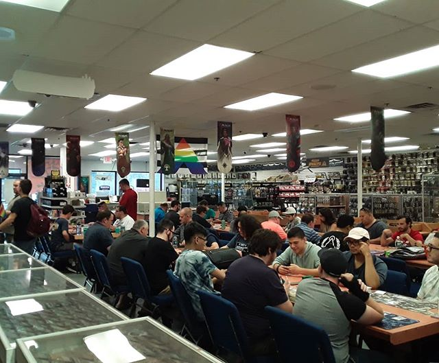 Another full house for Friday Night Magic! We have 32 players across Draft, Modern, and Commander! #FridayNightMagic #FNM #ModernHorizons #Core2020 #Draft #Modern #Commander #EDH