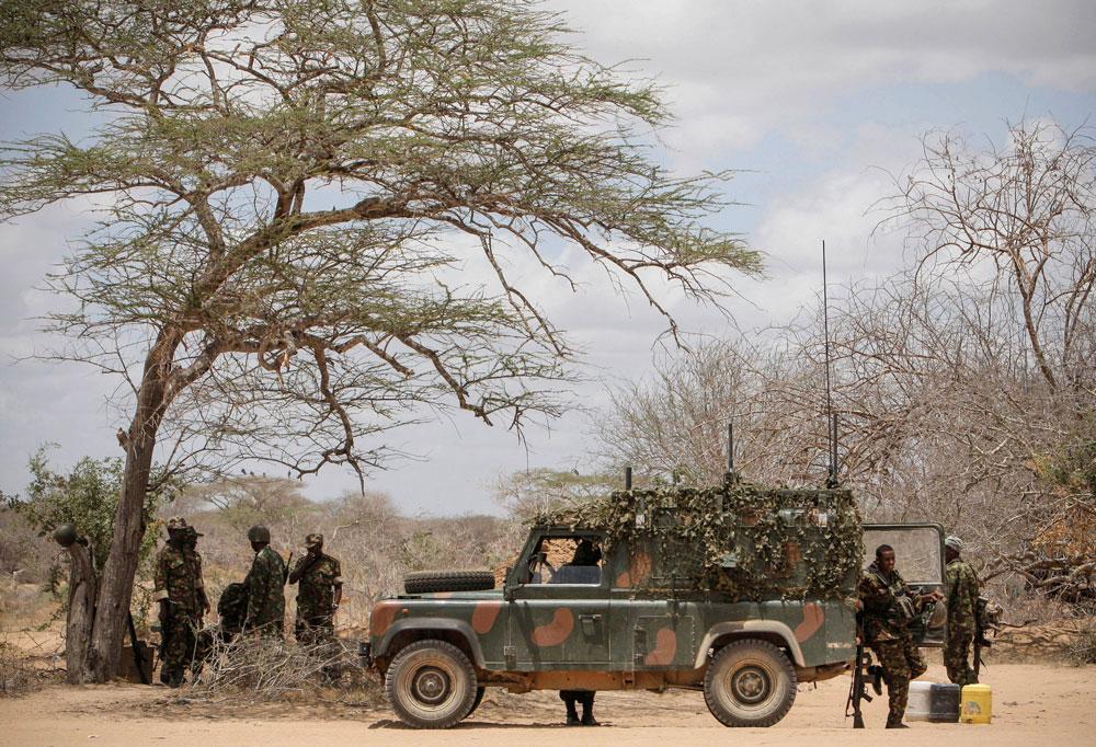 Kenyan African Union troops advance on Shabaab near Kismayo, 30 September 2012.Photo: UN Photo/Stuart Price