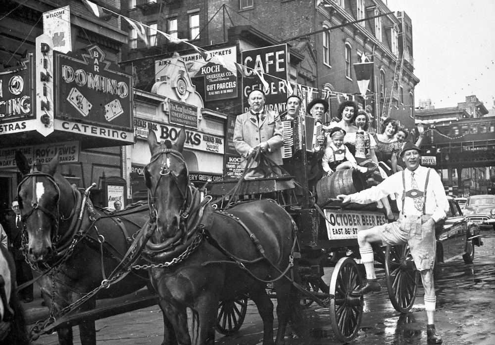 An October beer festival on 86th Street and Third Avenue in 1947