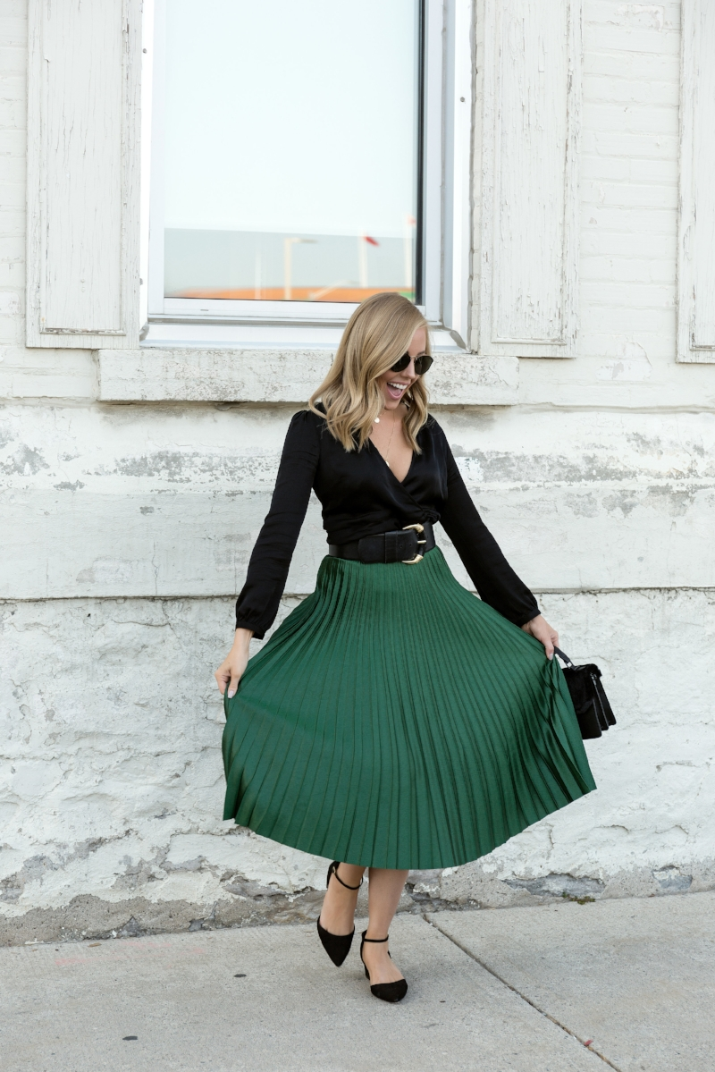 black-and-green-outfit.jpg