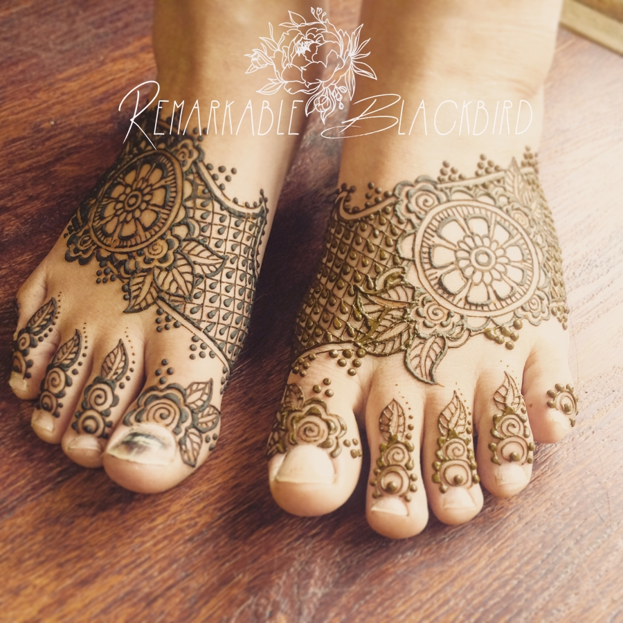Delicate feet