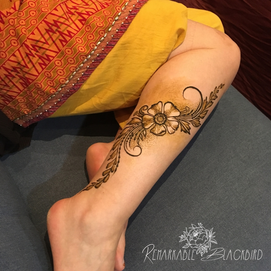Shaded floral leg