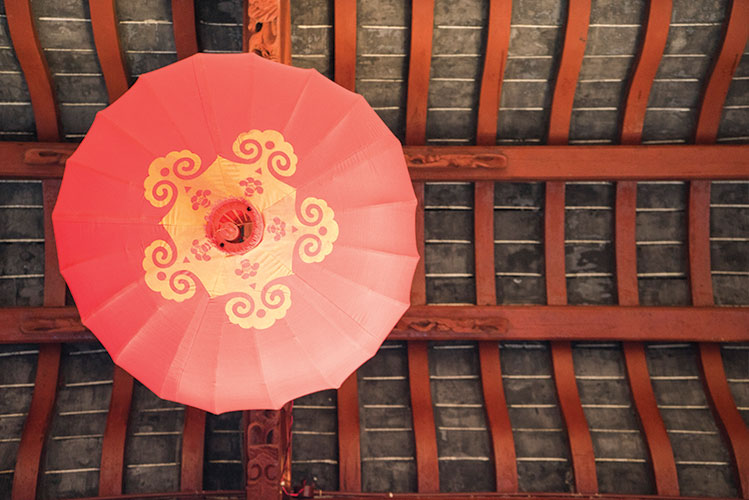 temple ceiling | china