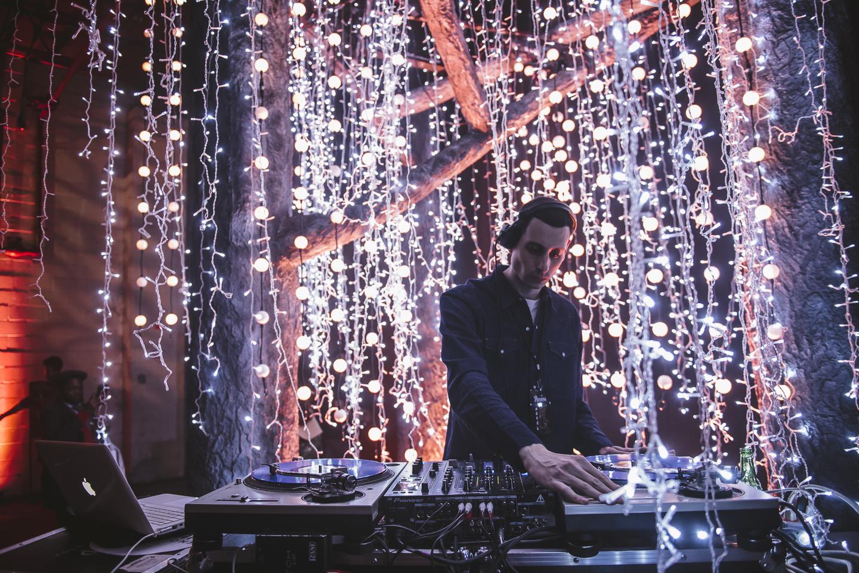 DJ Stage 5311.jpg
