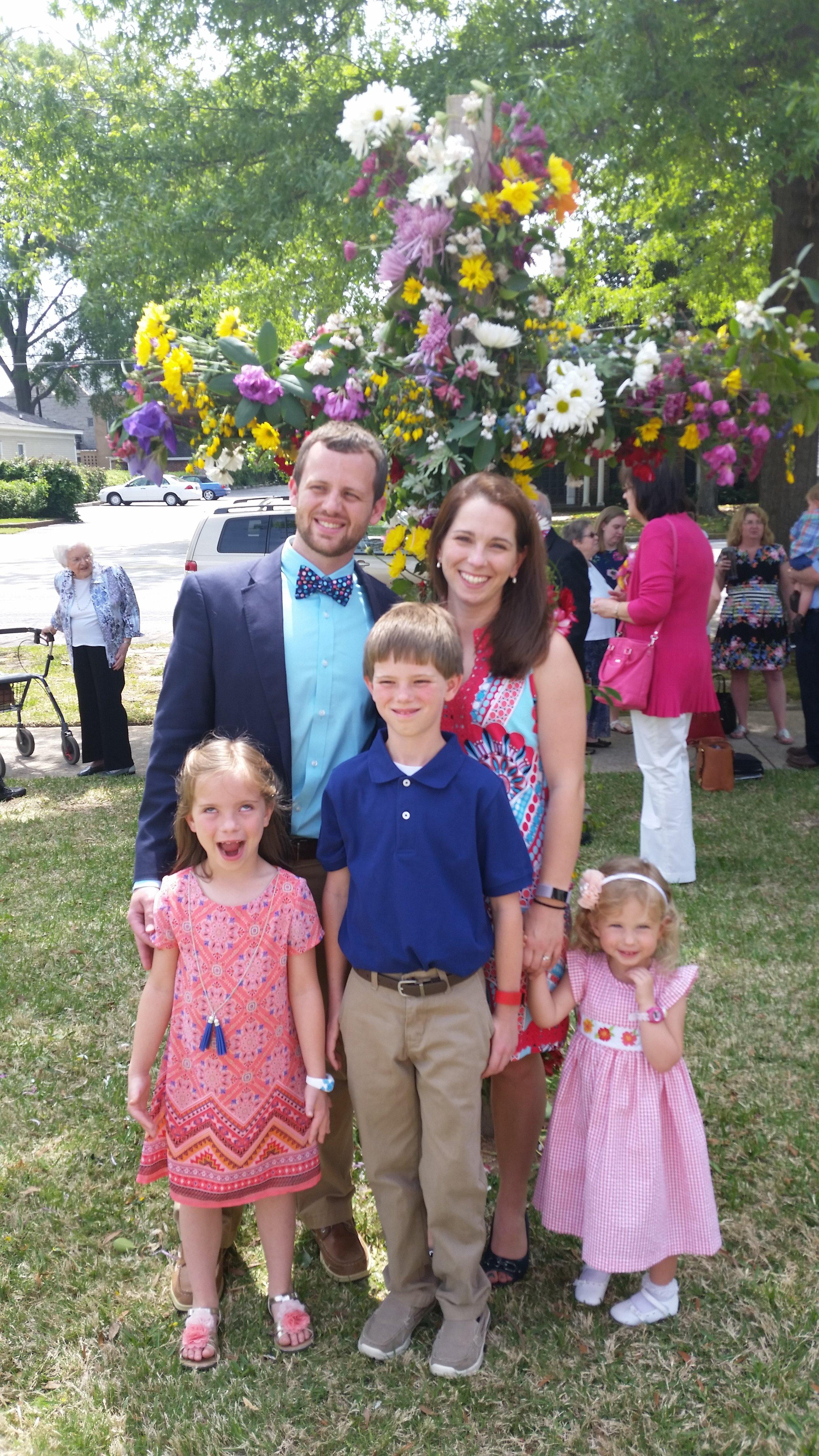 Hanes, Brady & Rachel. Porter, Evie Grace, Leah