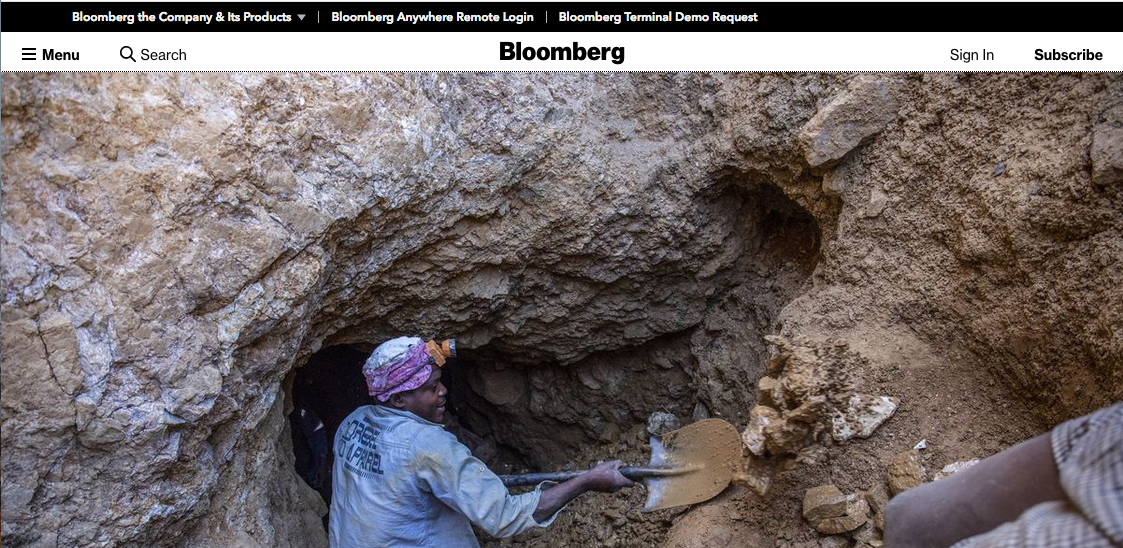 A series of images I shot for a recent assignment about artisanal miners in Zimbabwe for Bloomberg. Read story  here.