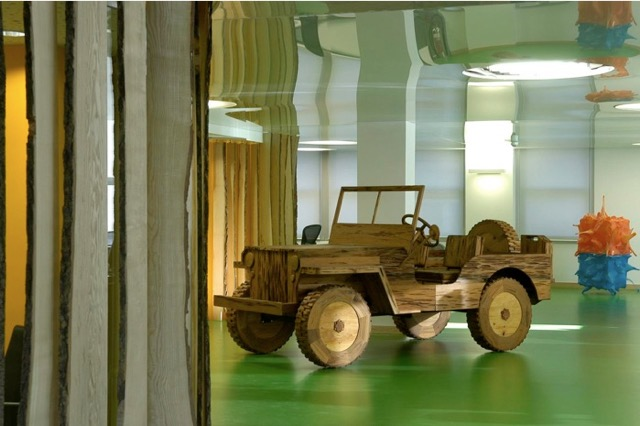 "Lee Stoetzel, ""Jeep"" at SEI, London."