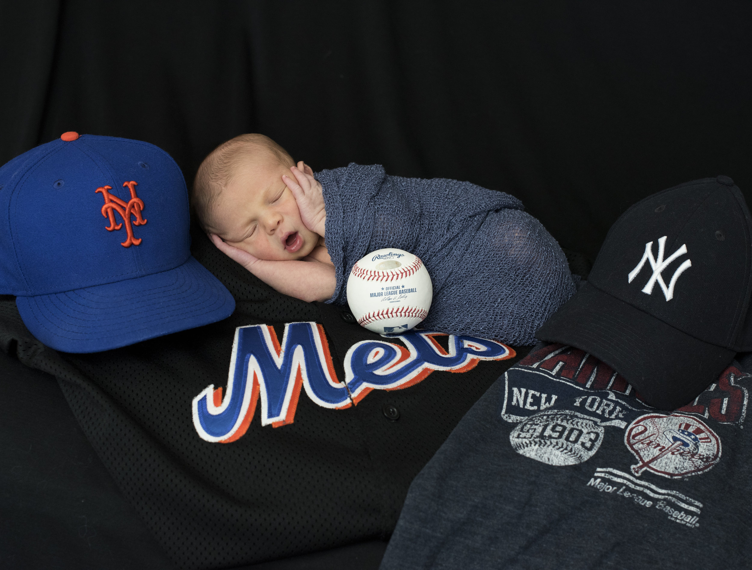 Will's announcement  Photo. Go Yanks! (Daddy's a Met's fan, bleh)