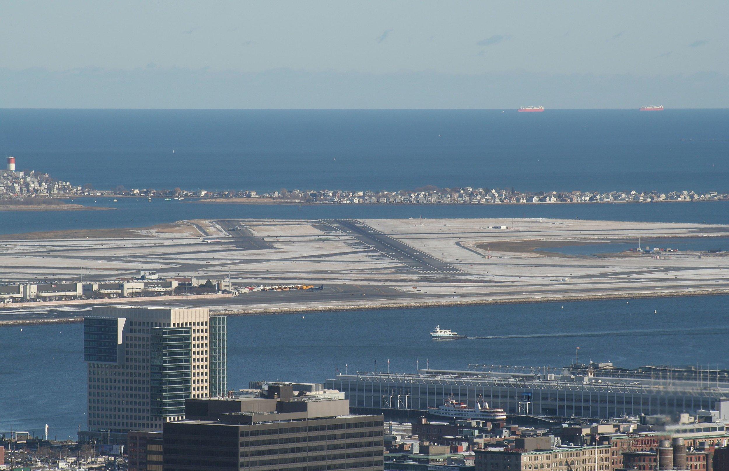 Boston_Logan_Airport,_runaways.JPG