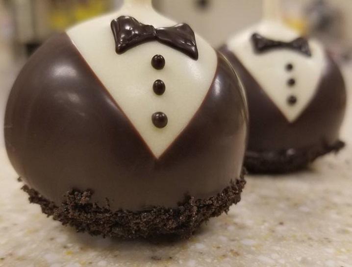 wedding cake pops.jpg